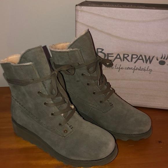 f29c9d4d766 Bearpaw Krista boots olive size 9m NIB